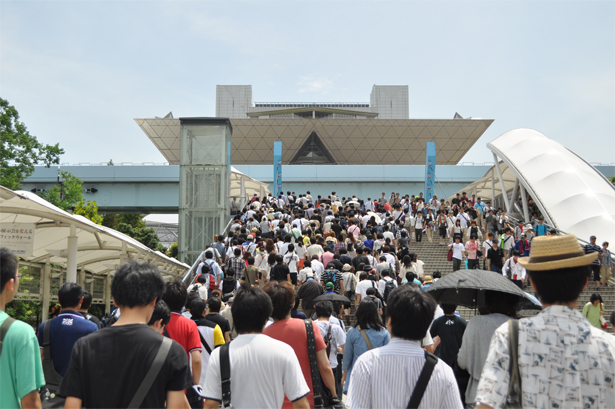 Comiket 82 Day Two