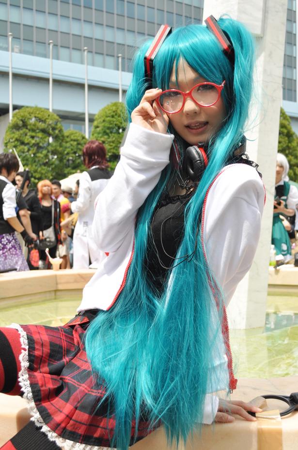 Hatsune Miku cosplayer