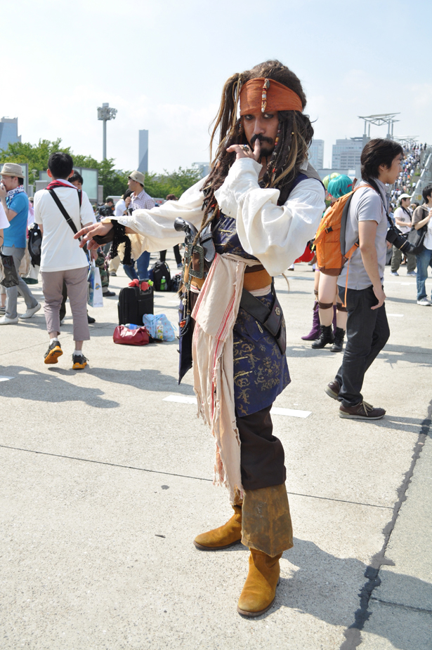 The Pirates of the Caribbean cosplayer at Comiket 82