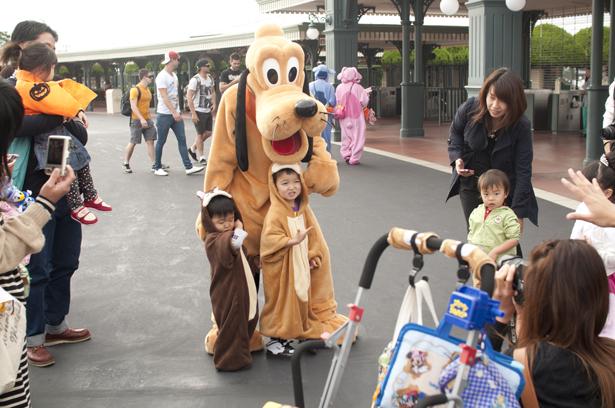 Pluto in Tokyo Disneyland
